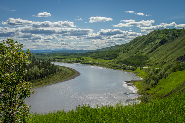 Peace River Valley, British Columbia, Canon 7D with Canon EF 28-300mm @ 28mm, 1/200s @ f/16, ISO 100