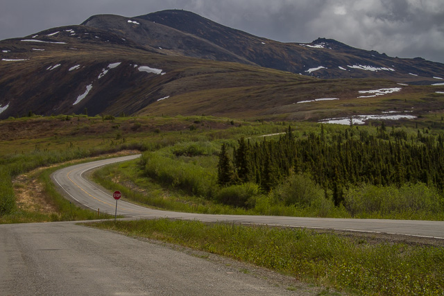Taylor Highway, Alaska, Canon 7D with Canon EF 28-300mm @ 65mm, 1/250s @ f/16, ISO 100