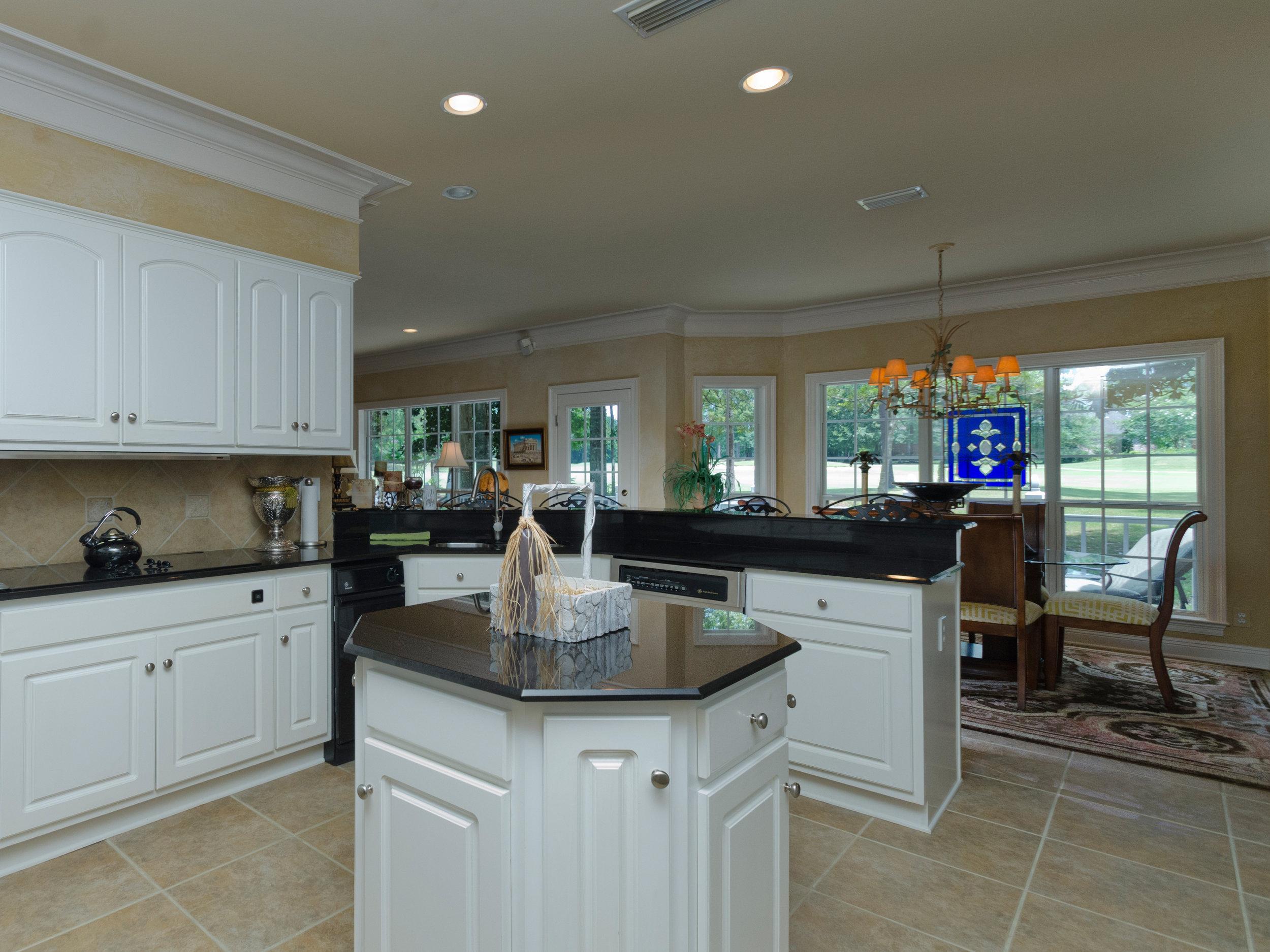 Kitchen Hall_RLT0667.jpg