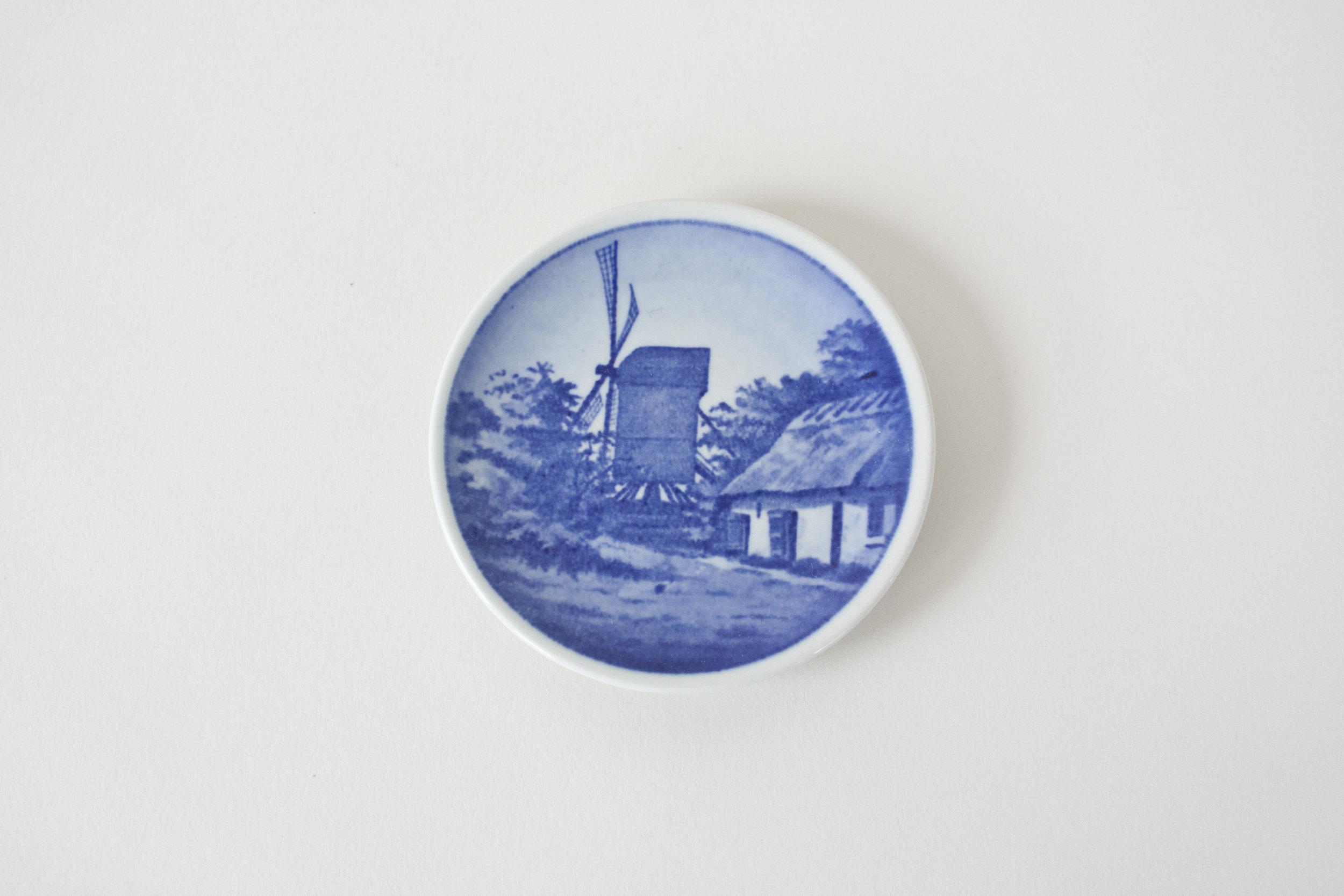 16-2. blue transfer ware mini plate