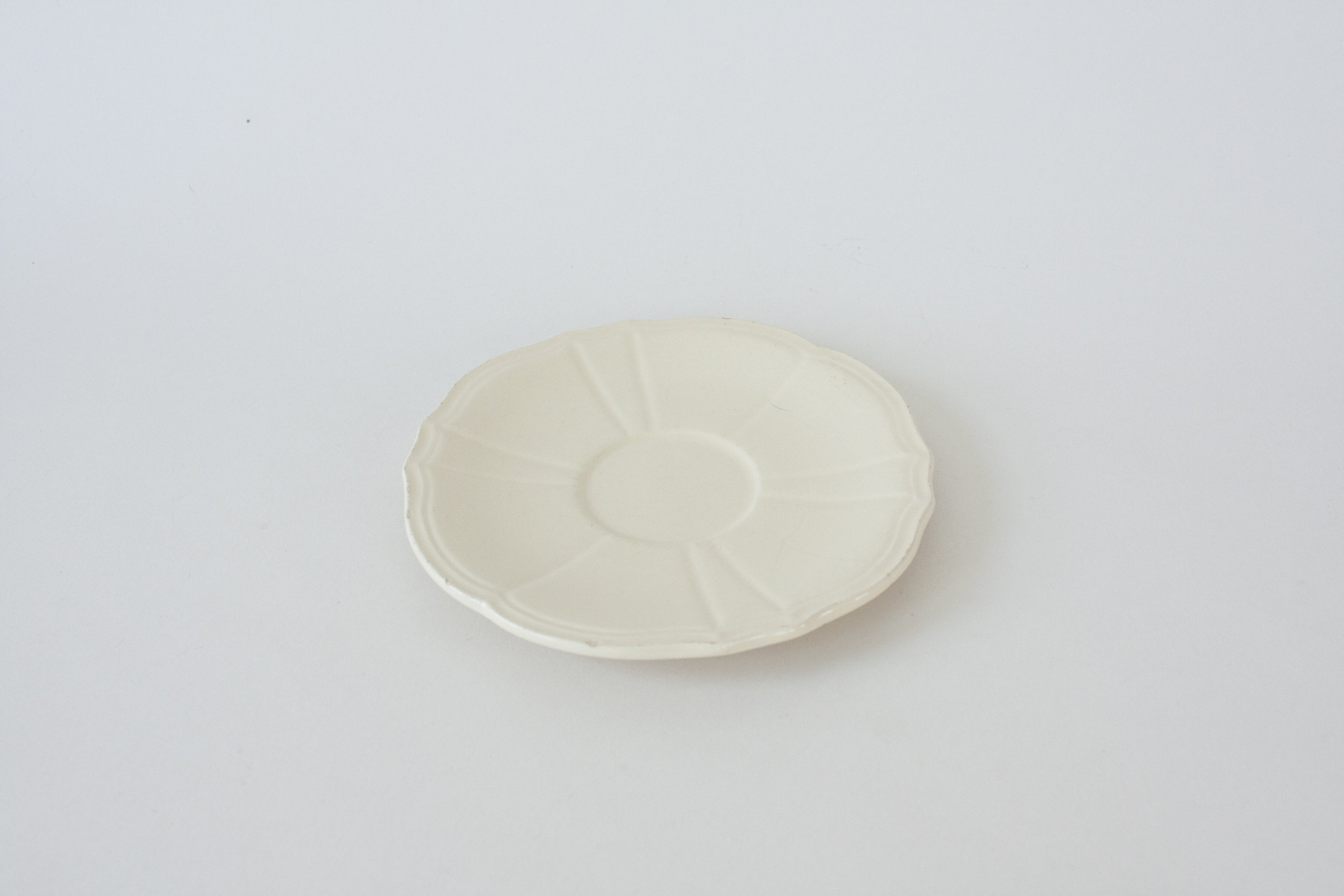 "244. cream plate | 6"""