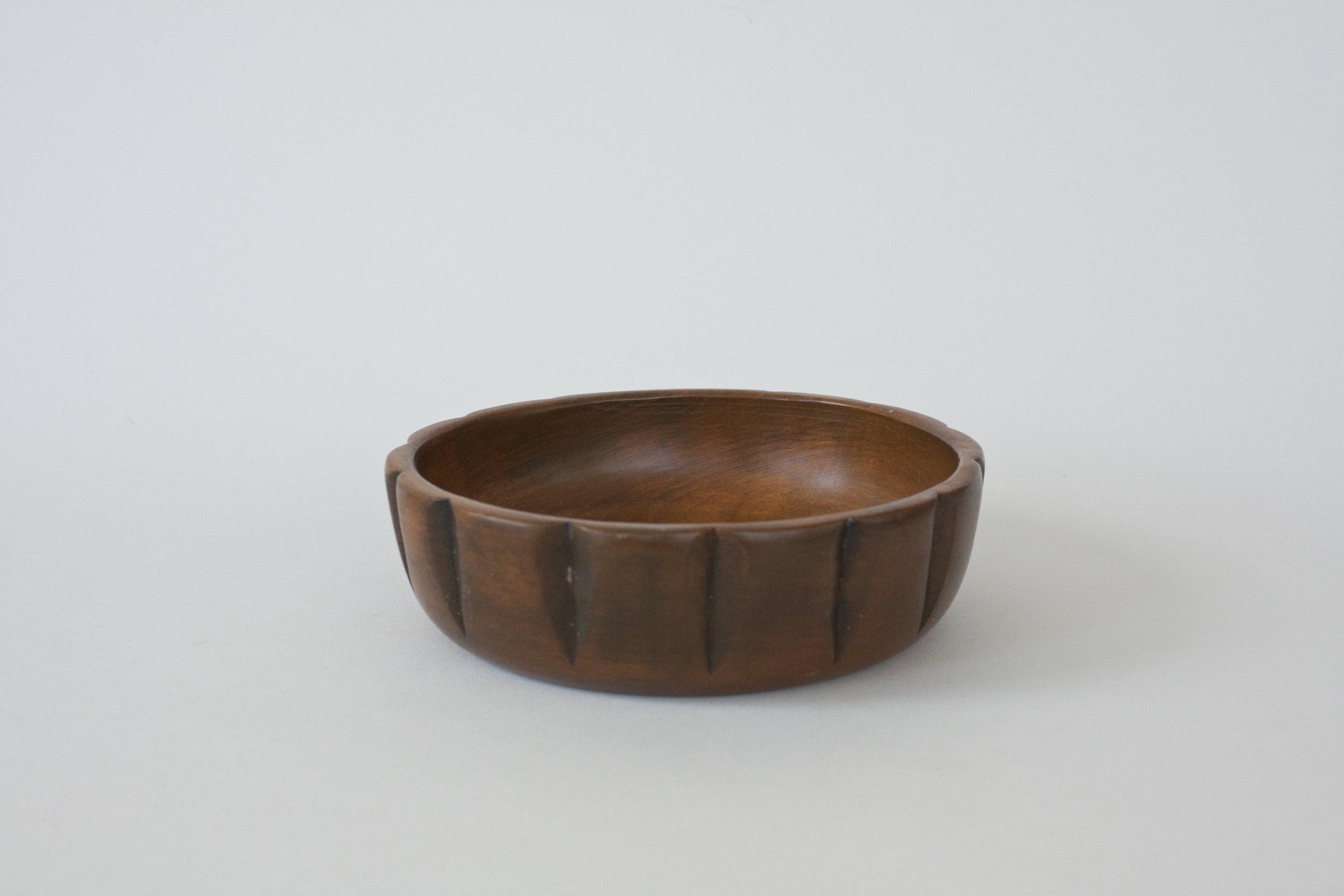 "270. wood bowl | 6"" x 1.75"" | 7"