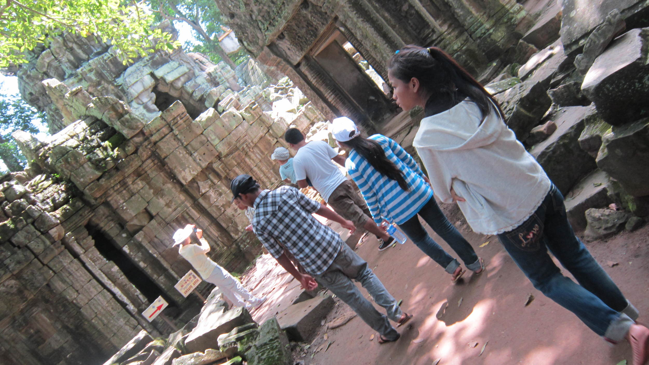 Angkor Wat with father house 176 copy.JPG