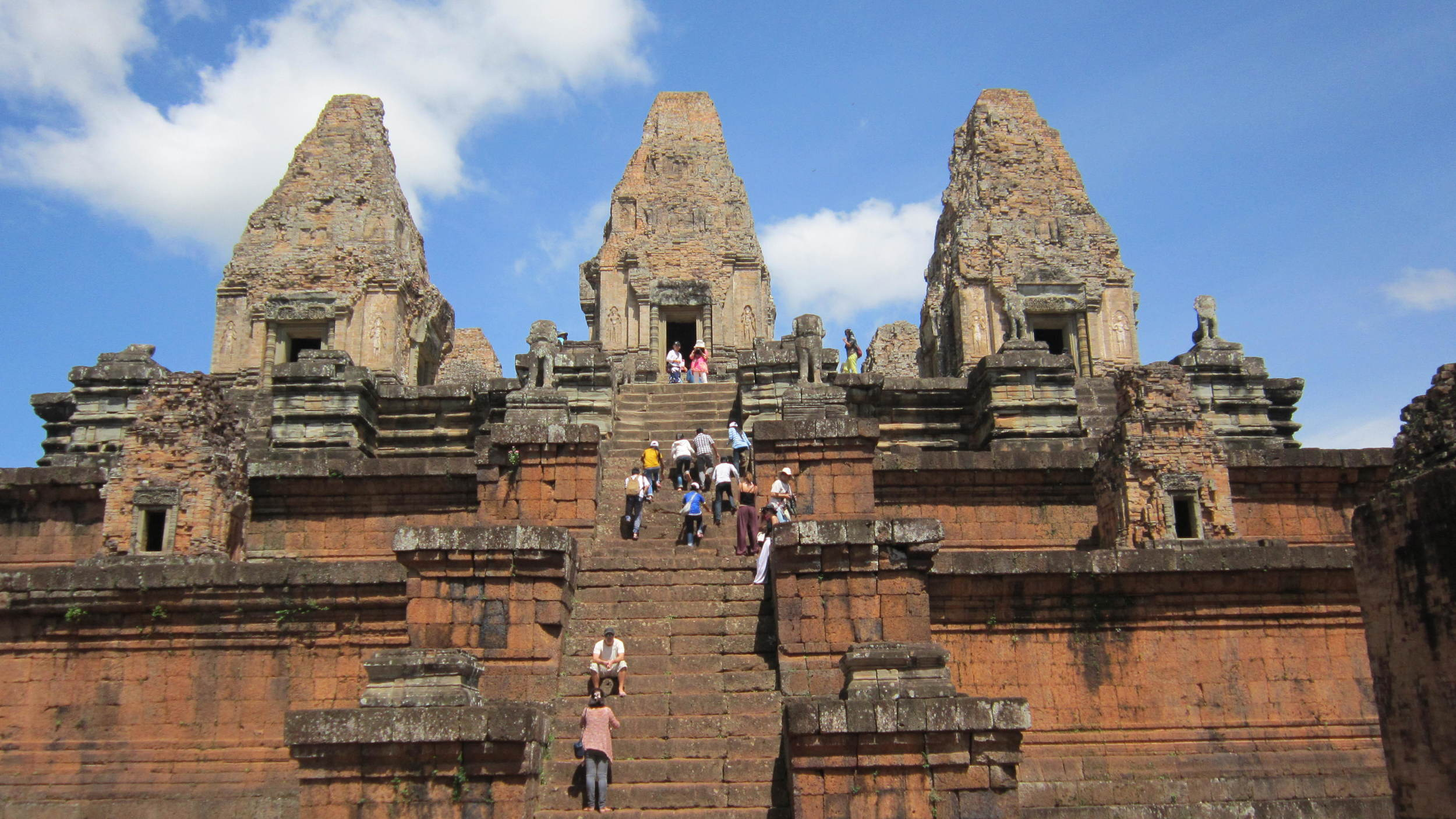 Angkor Wat with father house 126 copy.JPG