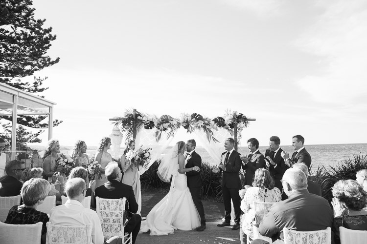 Rose_Wedding_Photography_Long_reef_golf_Club_25.jpg