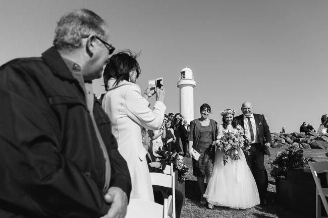 Wollongong_Wedding_Rose_Photos_20.jpg