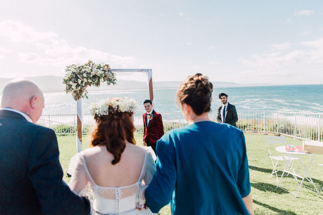 Wollongong_Wedding_Rose_Photos_21.jpg