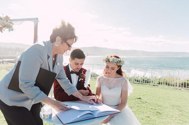Wollongong_Wedding_Rose_Photos_28.jpg