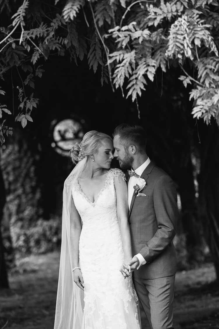 Albion_Farm_Wedding_Photos_Rose_051.jpg