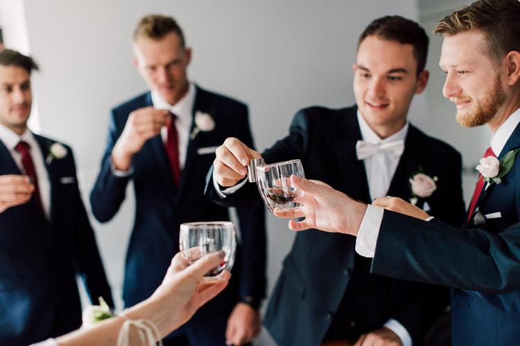Deckhouse_woolwich_wedding_rose_photos_007.jpg