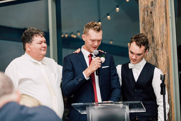 Deckhouse_woolwich_wedding_rose_photos_060.jpg
