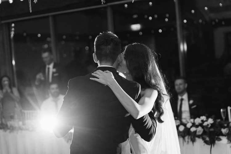 Deckhouse_woolwich_wedding_rose_photos_065.jpg