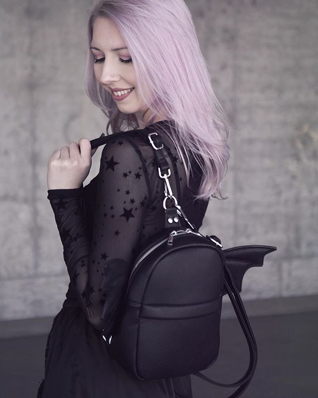 How cute is this bat backpack from @dollskill? Can't wait for my next order to arrive in a couple days. 🦇🖤
