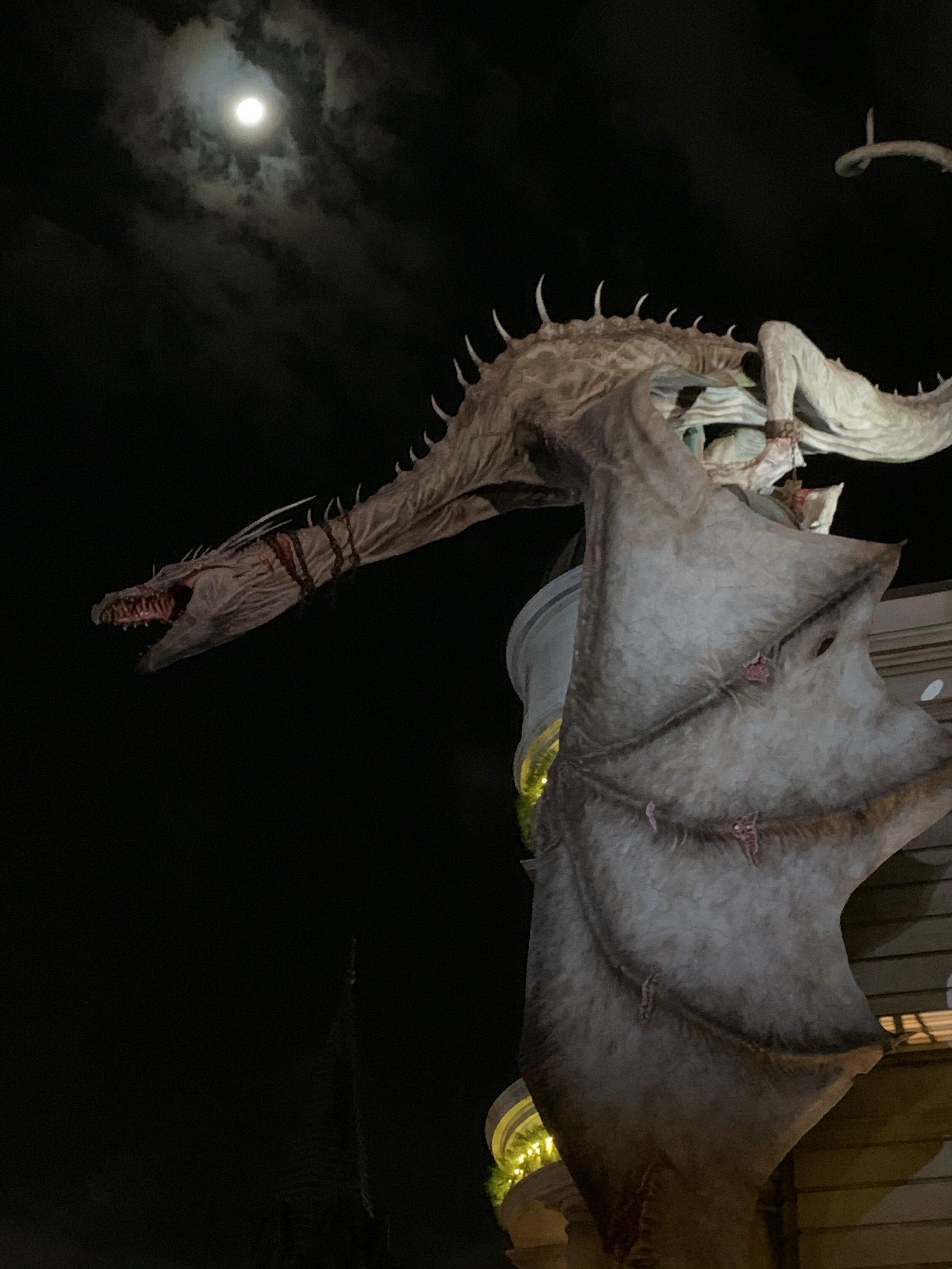 Dragon perched on top of Gringott's