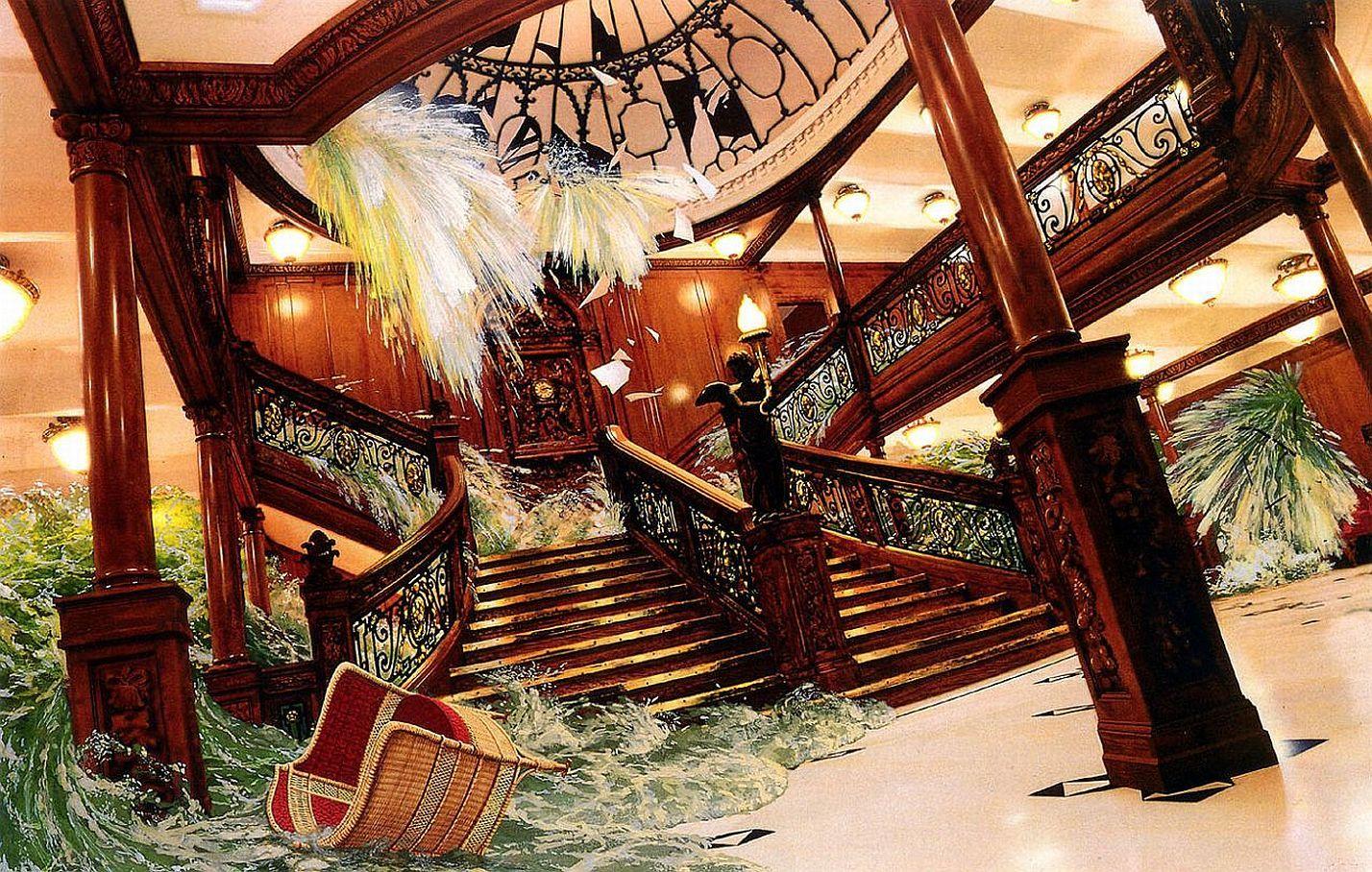 Titanic_Sinking (24).jpg