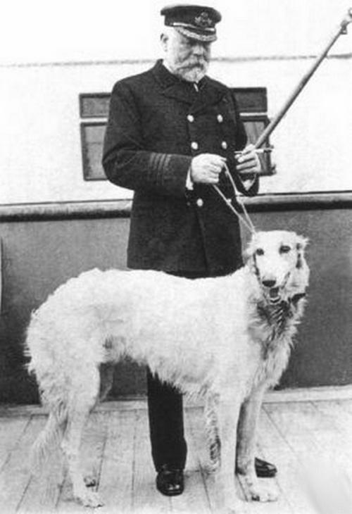 Captain Edward Smith and his Dog.jpg