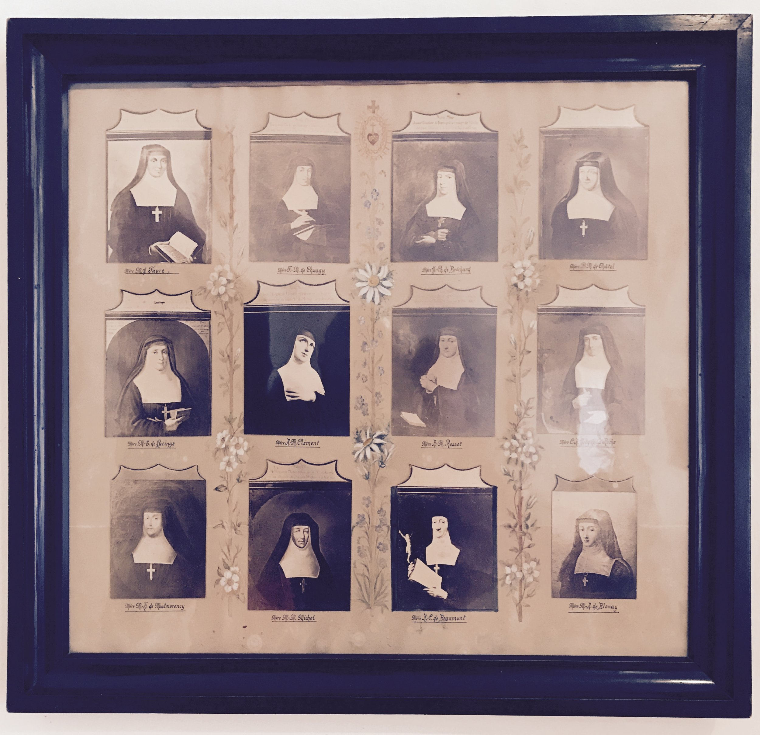Images of nuns of the Salesian order