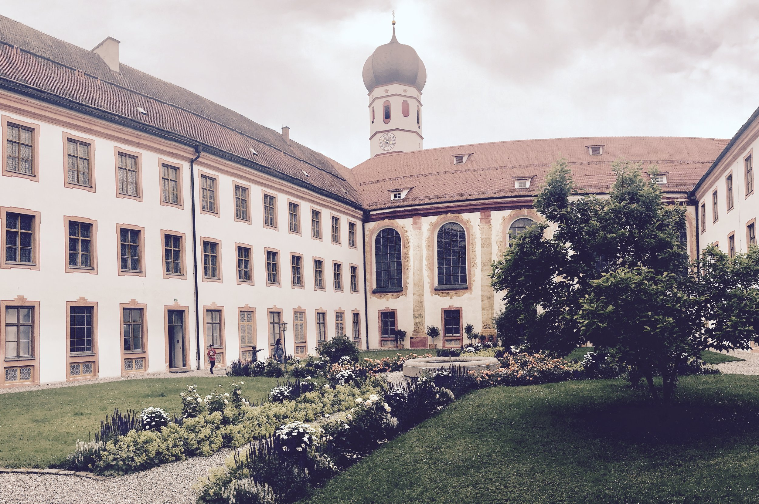 The central courtyard of the abbey