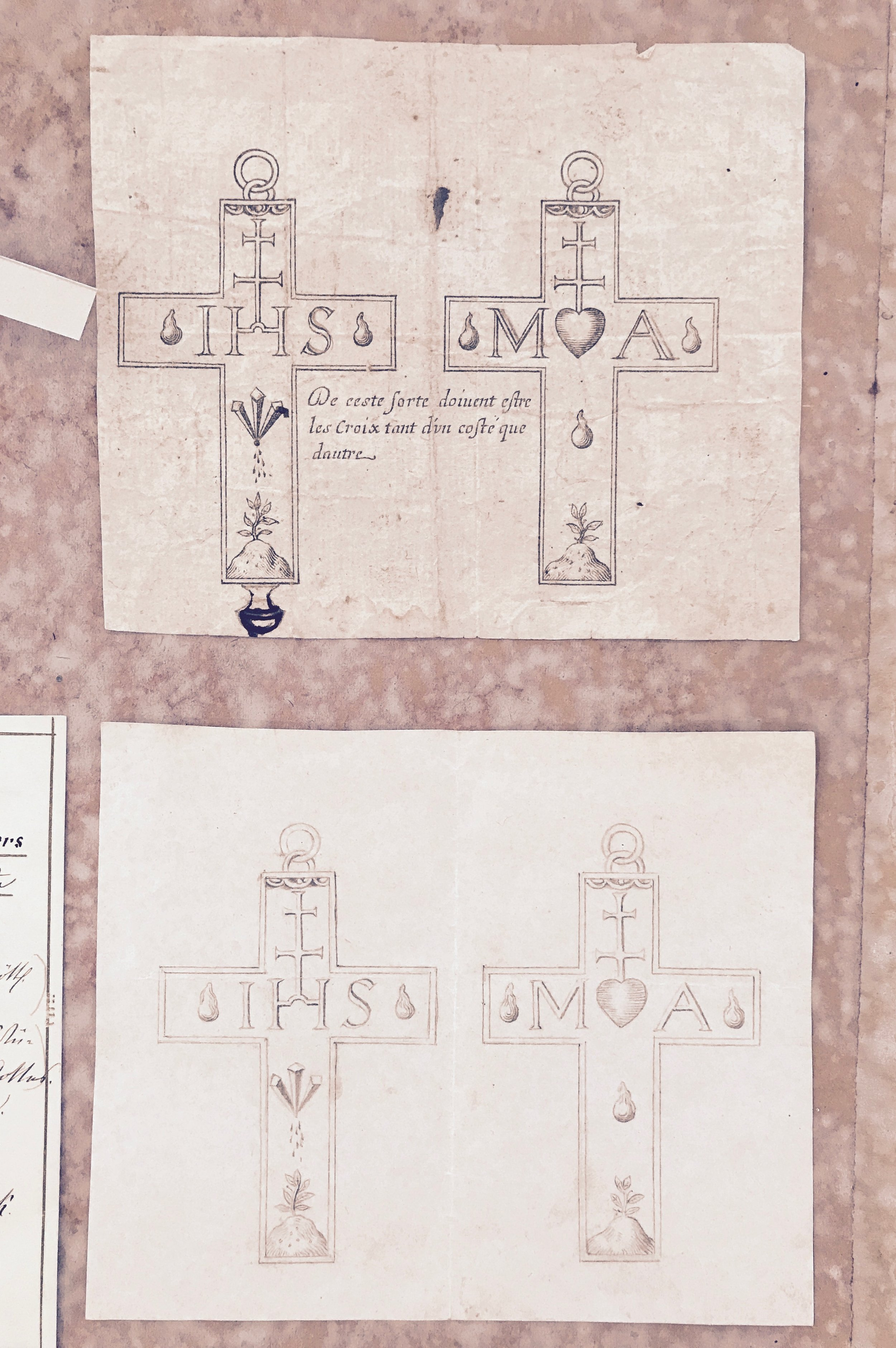 back and front design of the silver crosses
