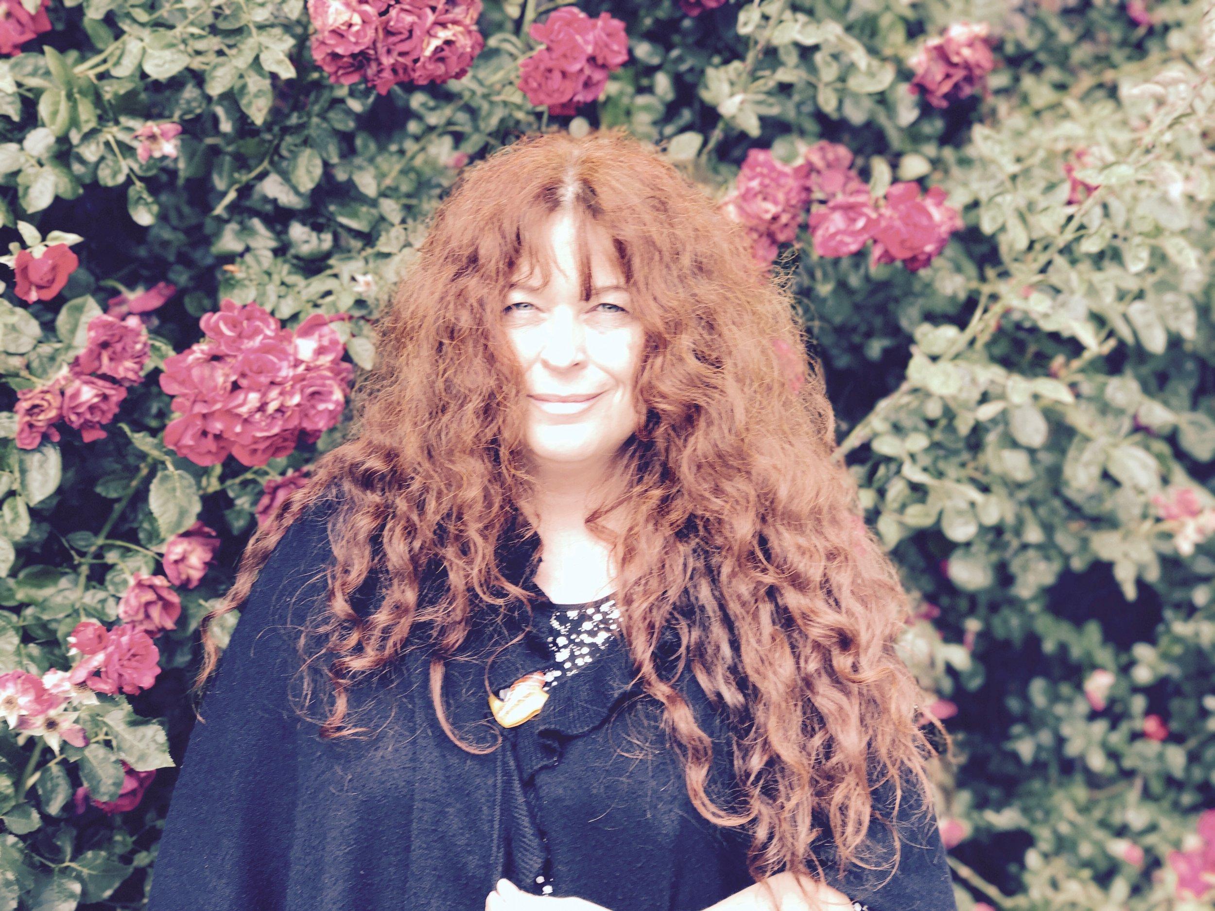 Irene Keller - Cultural activist, curator, host & researcher