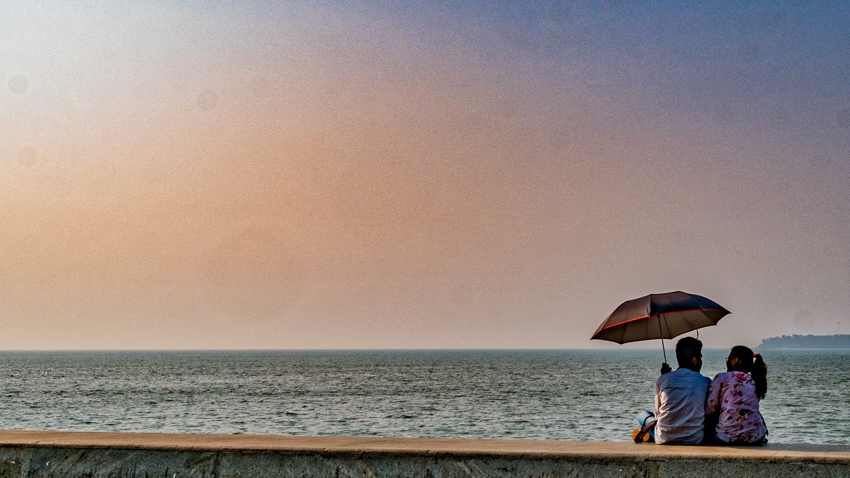 Refreshing in the evening in a breeze at Marine Drive