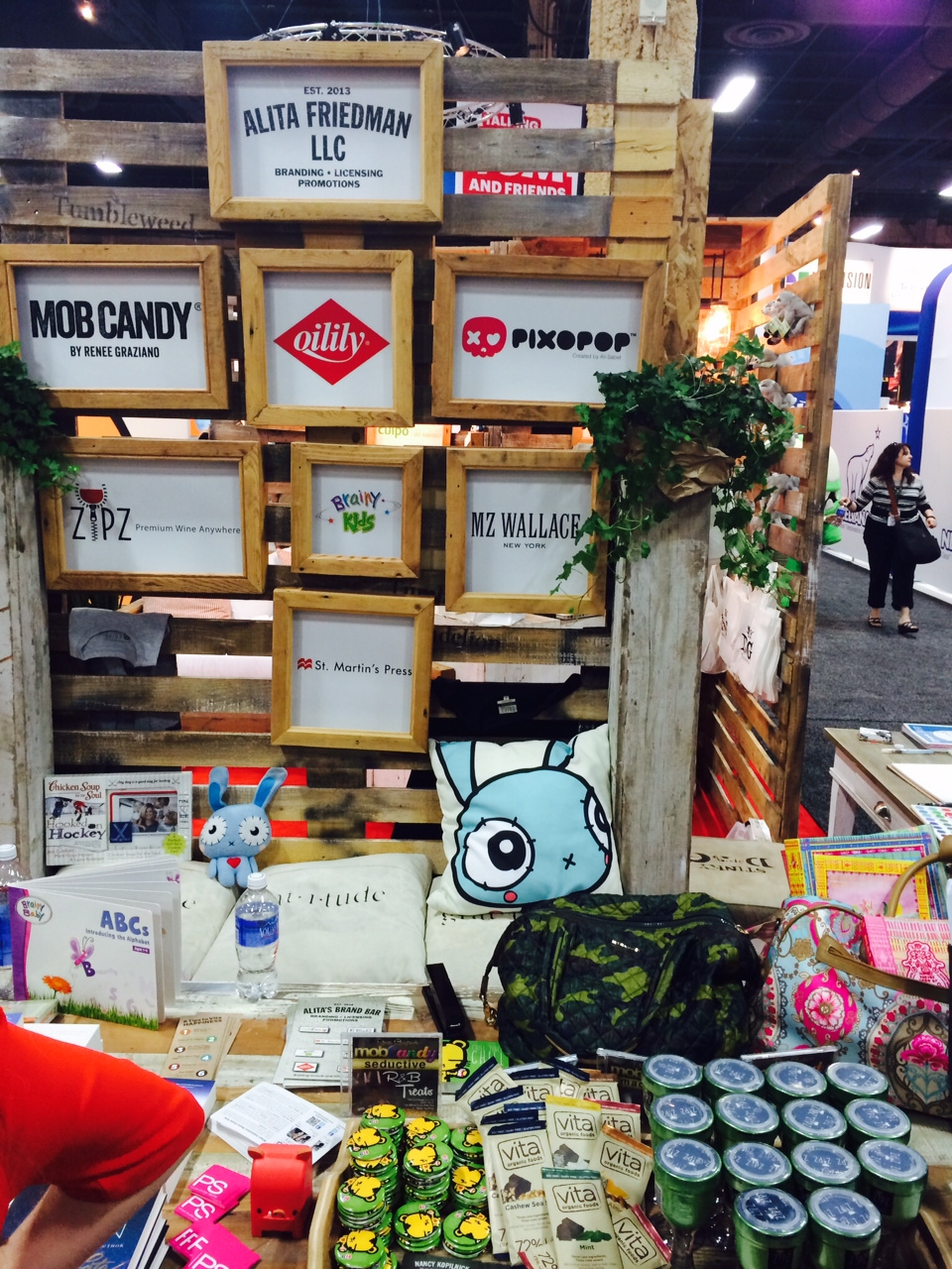 stitchbunny is conquering the Licensing Show