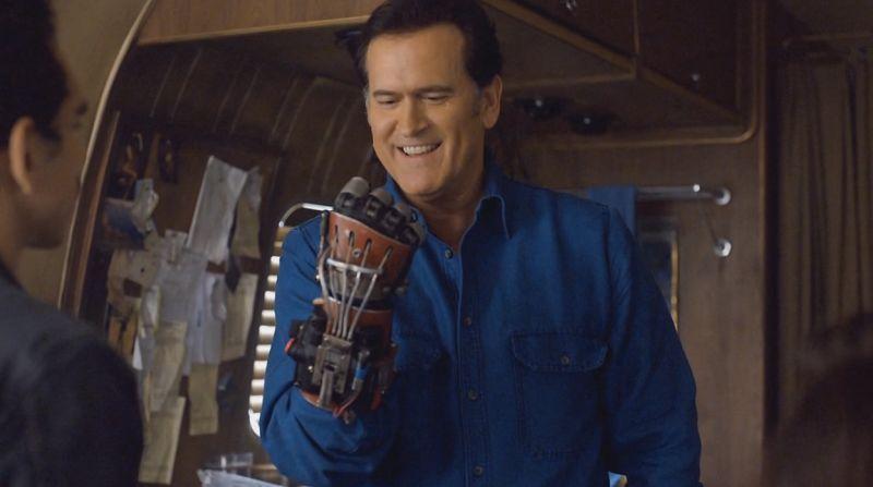 I love the Power Glove, it's so bad!