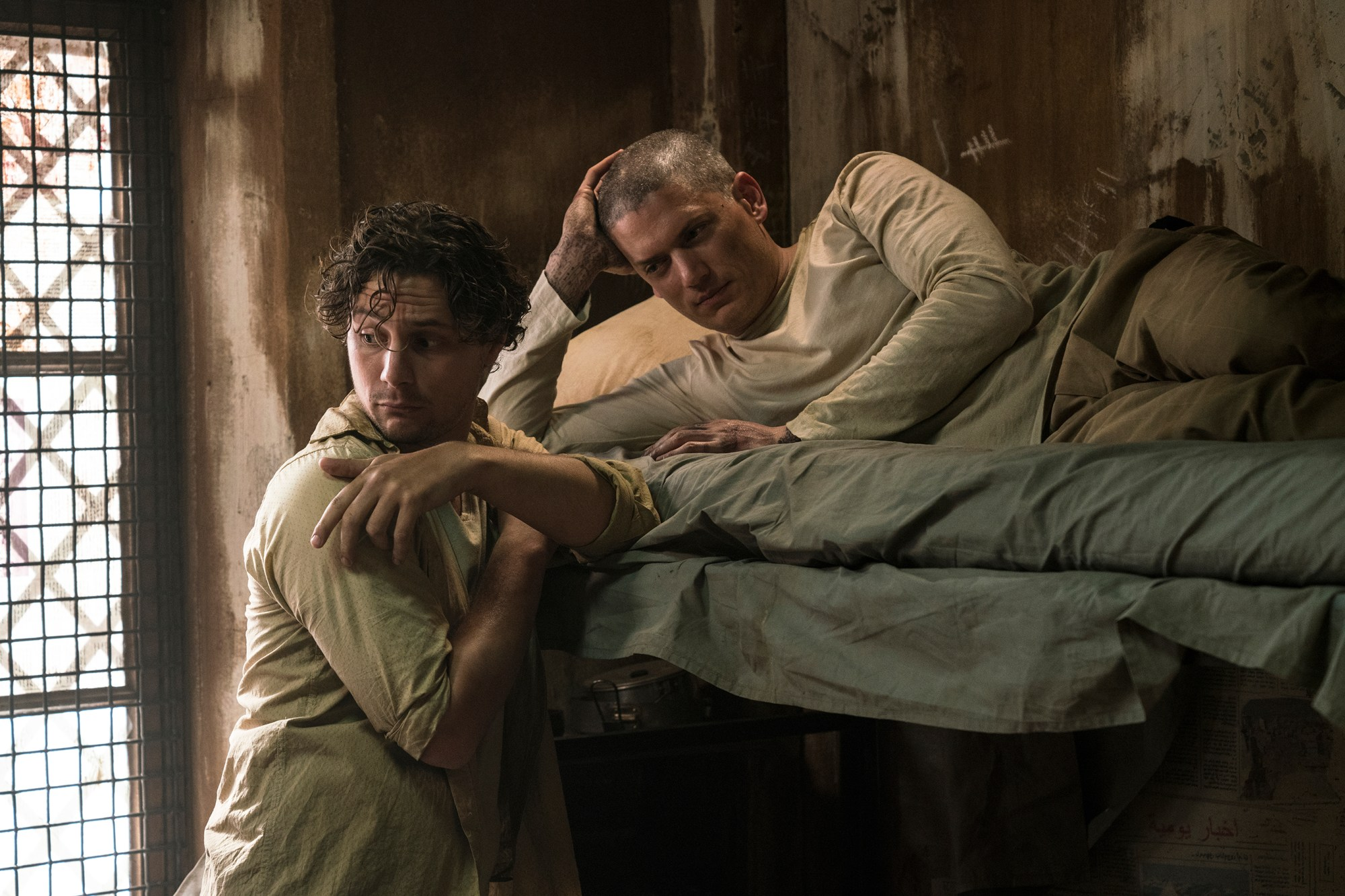 """PRISON BREAK: L-R: Augustus Prew and Wentworth Miller in the all-new """"Kaniel Outis"""" episode of PRISON BREAK airing Tuesday, April 11 (9:00-10:00 PM ET/PT) on FOX. CR: Ed ARaquel FOX. © 2017 FOX Broadcasting Co."""