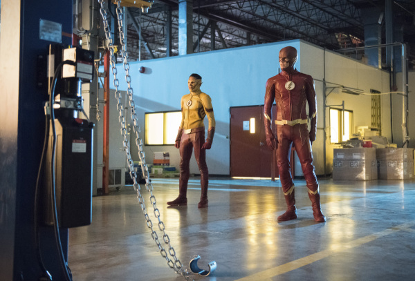 the-flash-season-4-photos-11.jpg