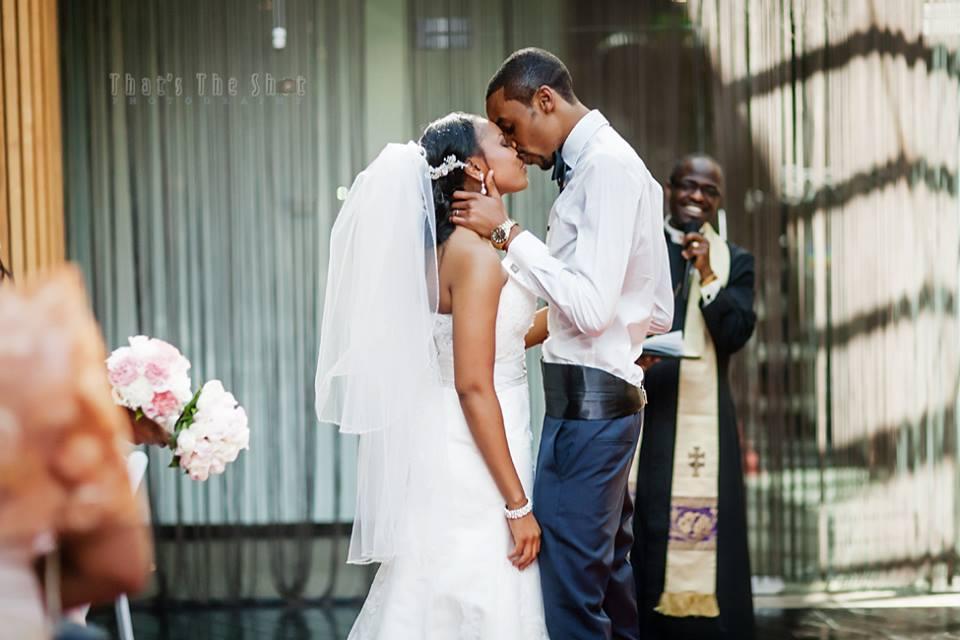 Wedding atBrighton Savoy reception. Photographyby Melbourne Wedding Photographer.