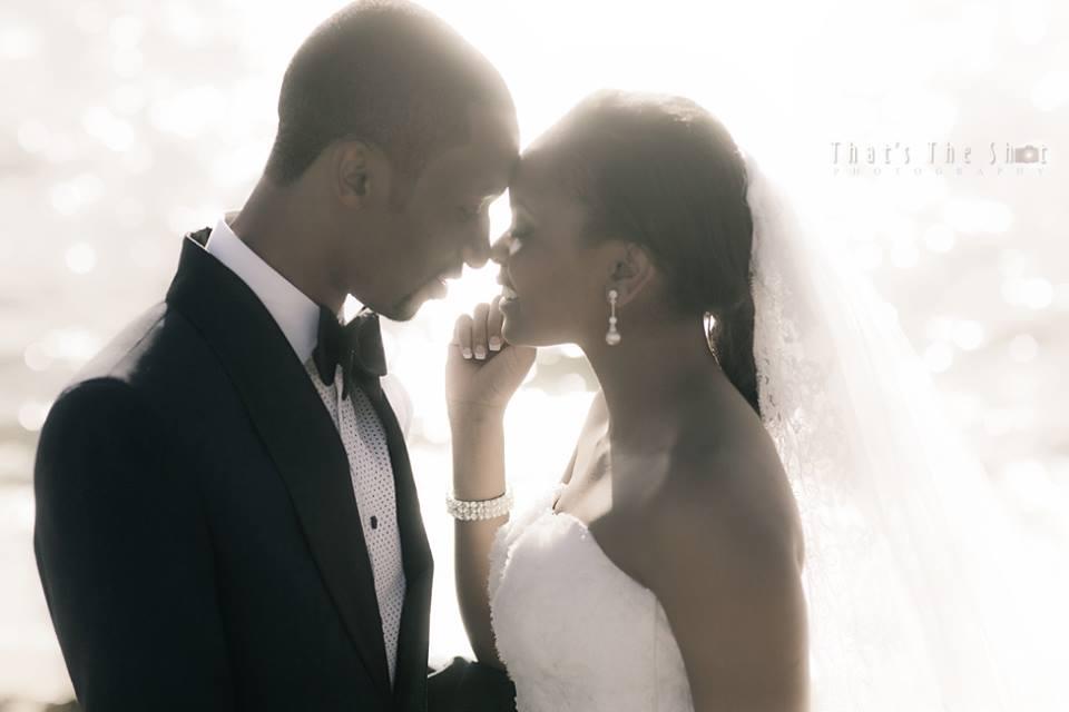 Wedding shoot at beach nearBrighton Savoy reception. Photographyby Melbourne Wedding Photographer.