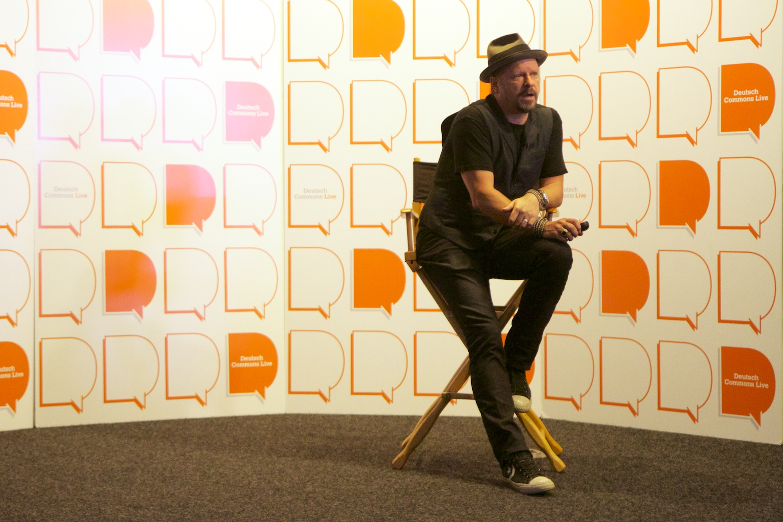 Danny Clinch at Deutsch Commons Live