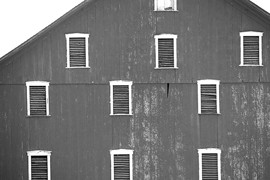 old grey barn in negley ohio cooked 1 16.jpg