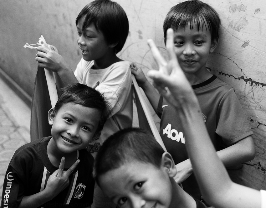 Jakarta Selatan, Kids after the legislative elections, April 2014