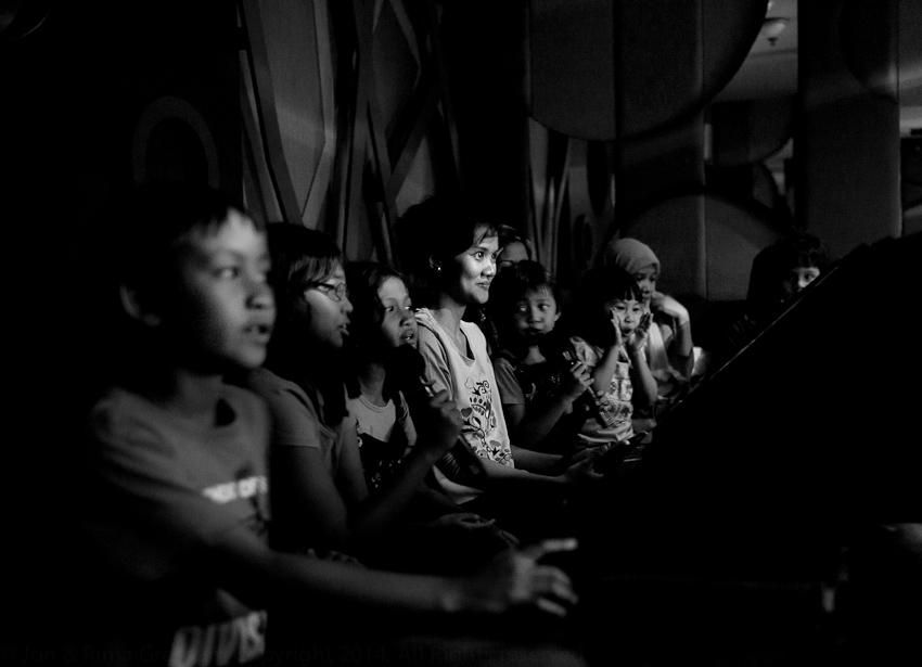 Karaoke, Pejaten Village, Jakarta Selatan, April 2014