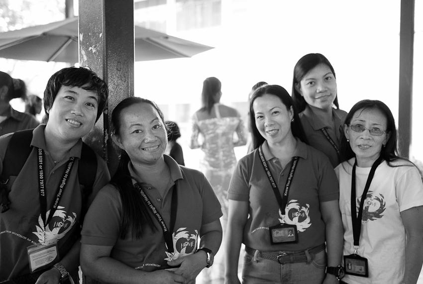Flordeliza Duran, Michelle Ledesma, Jane Supapo, Juliana Quel & Suwartiningsih of HOME Academy Caregiver's Course