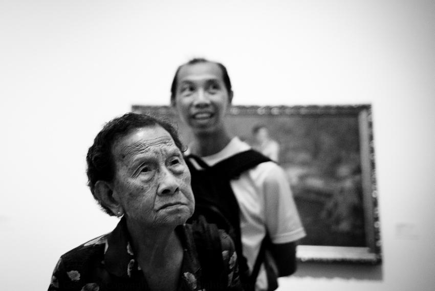 Looking at Hendra Gunawan's War and Peace