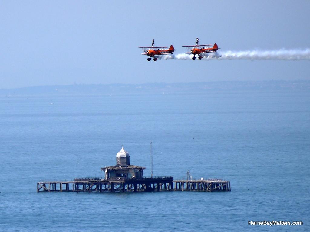 Herne Bay Air Show-006.JPG