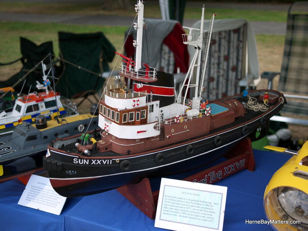 2011 Model Boat Regatta-2.jpg