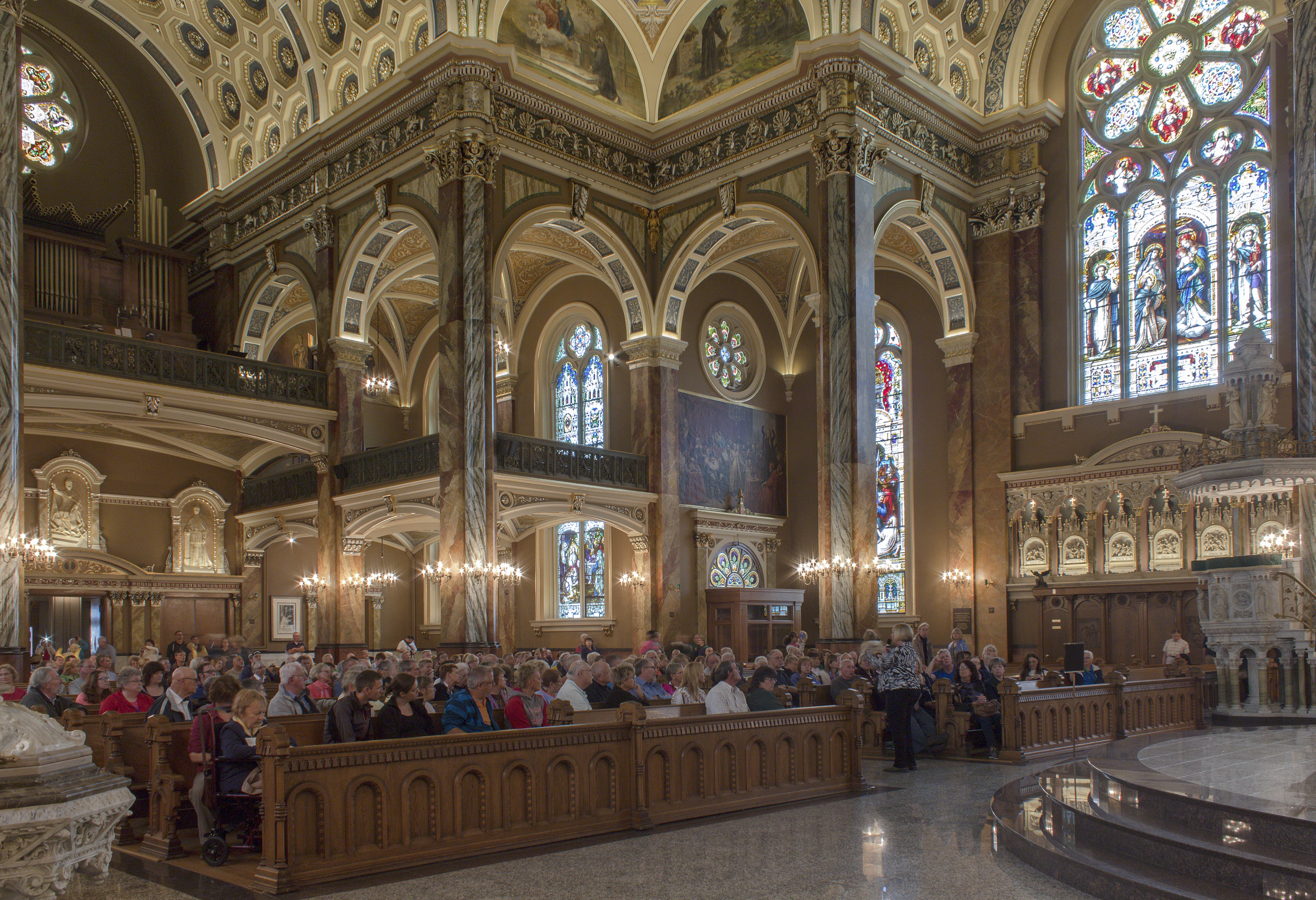 Milwaukee_Basilica-12.jpg