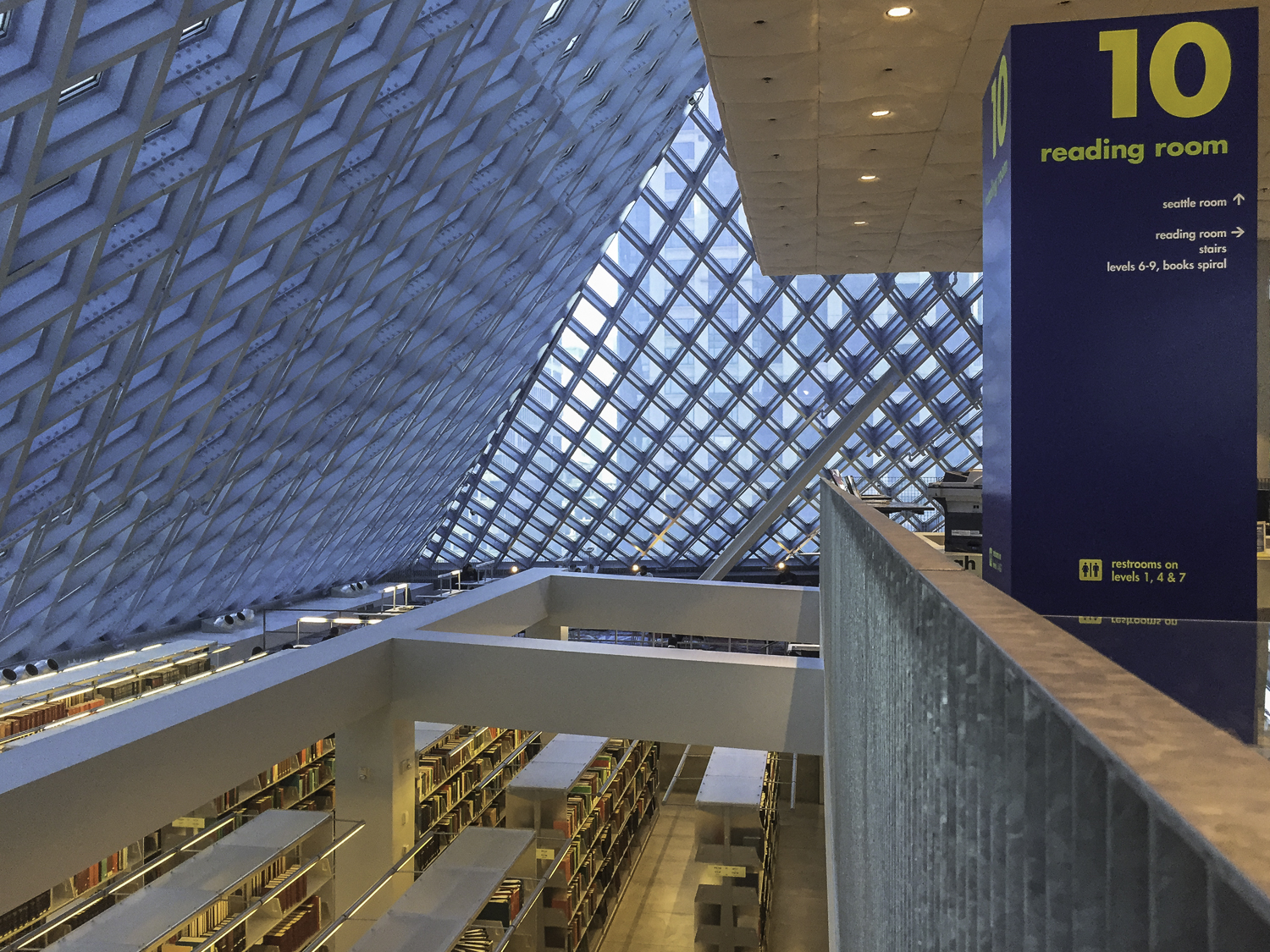 Seattle Public Library-14.jpg
