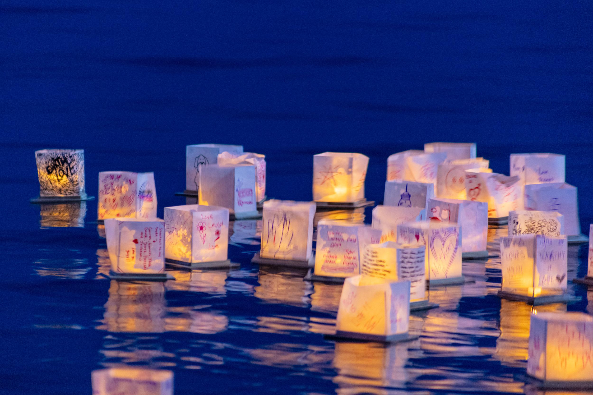 water lantern festival_-25.jpg