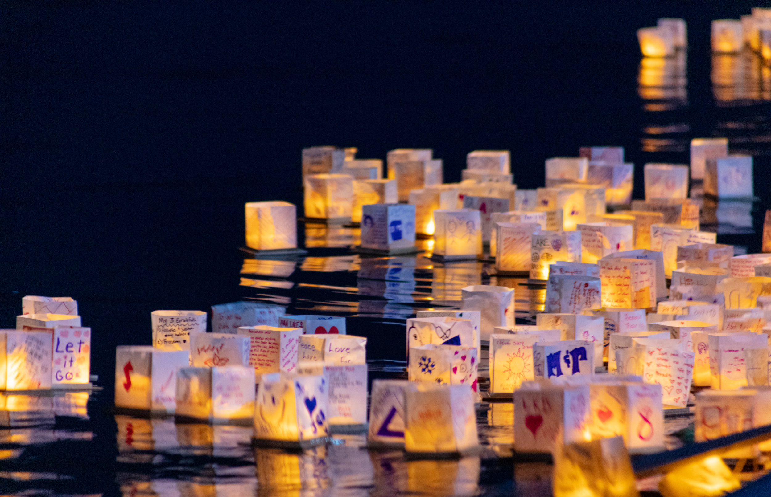 water lantern festival_-27.jpg