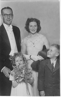 Eric Robert, Hazel Emily, Patricia Rae and Robert John Anderson