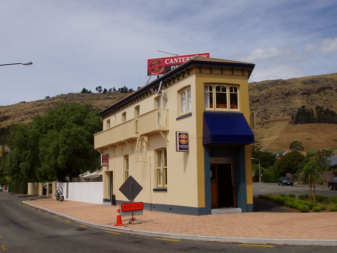 Heathcote Hotel in 2006