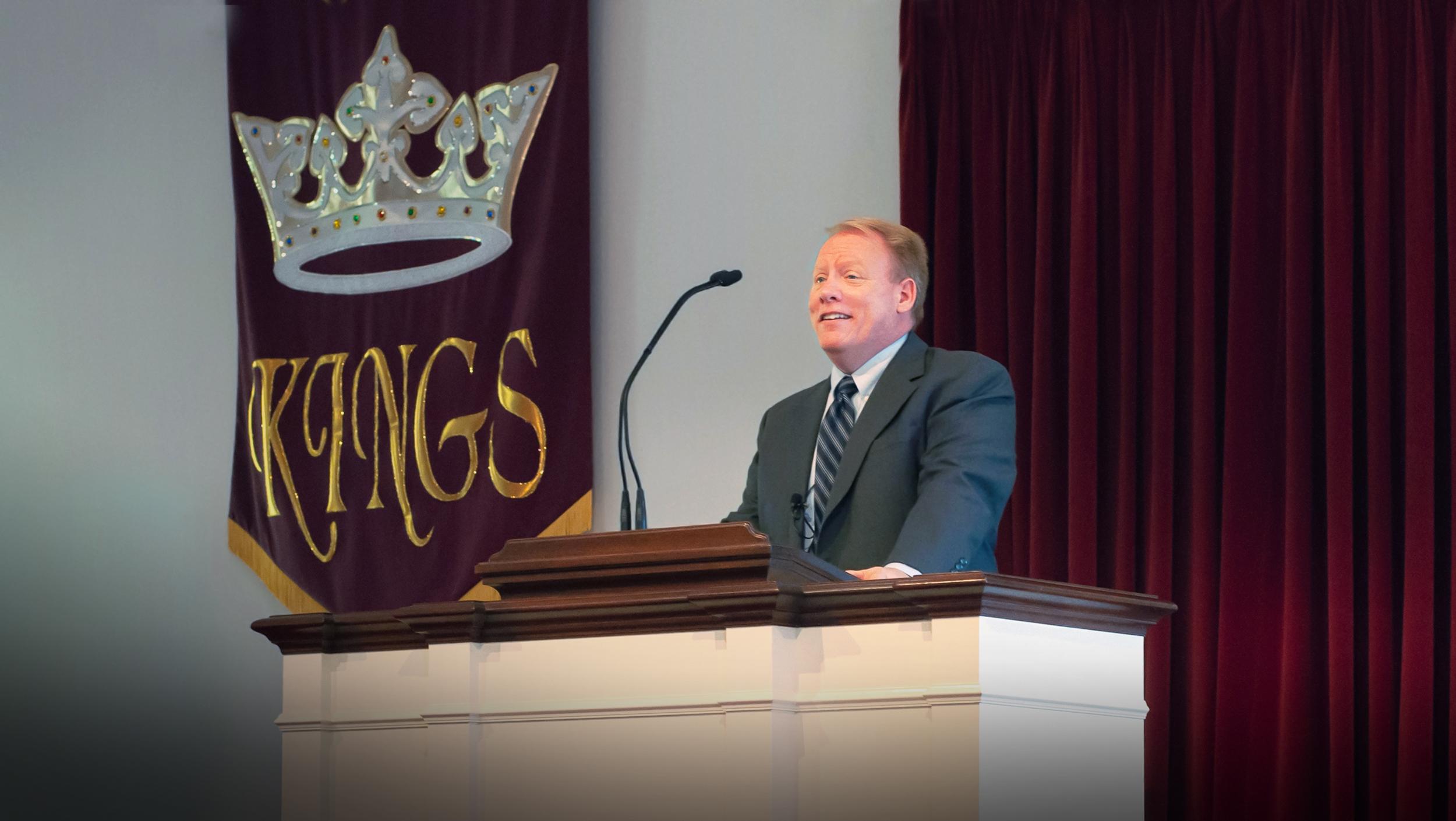 Preaches Christ