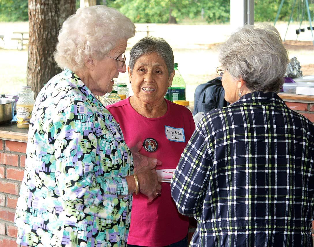 Betty, Elizabeth Elder, and LaurieLabbitt.jpg