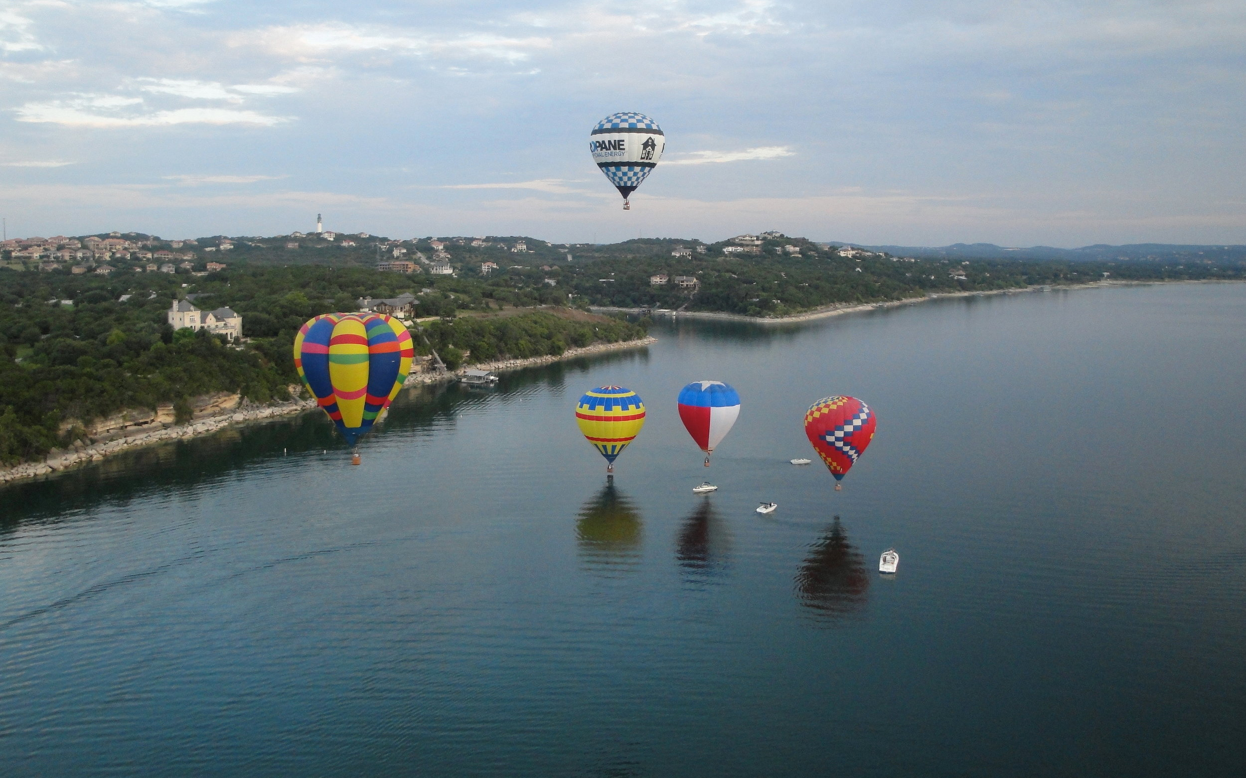 LakeTravis2010LloydCates.jpg