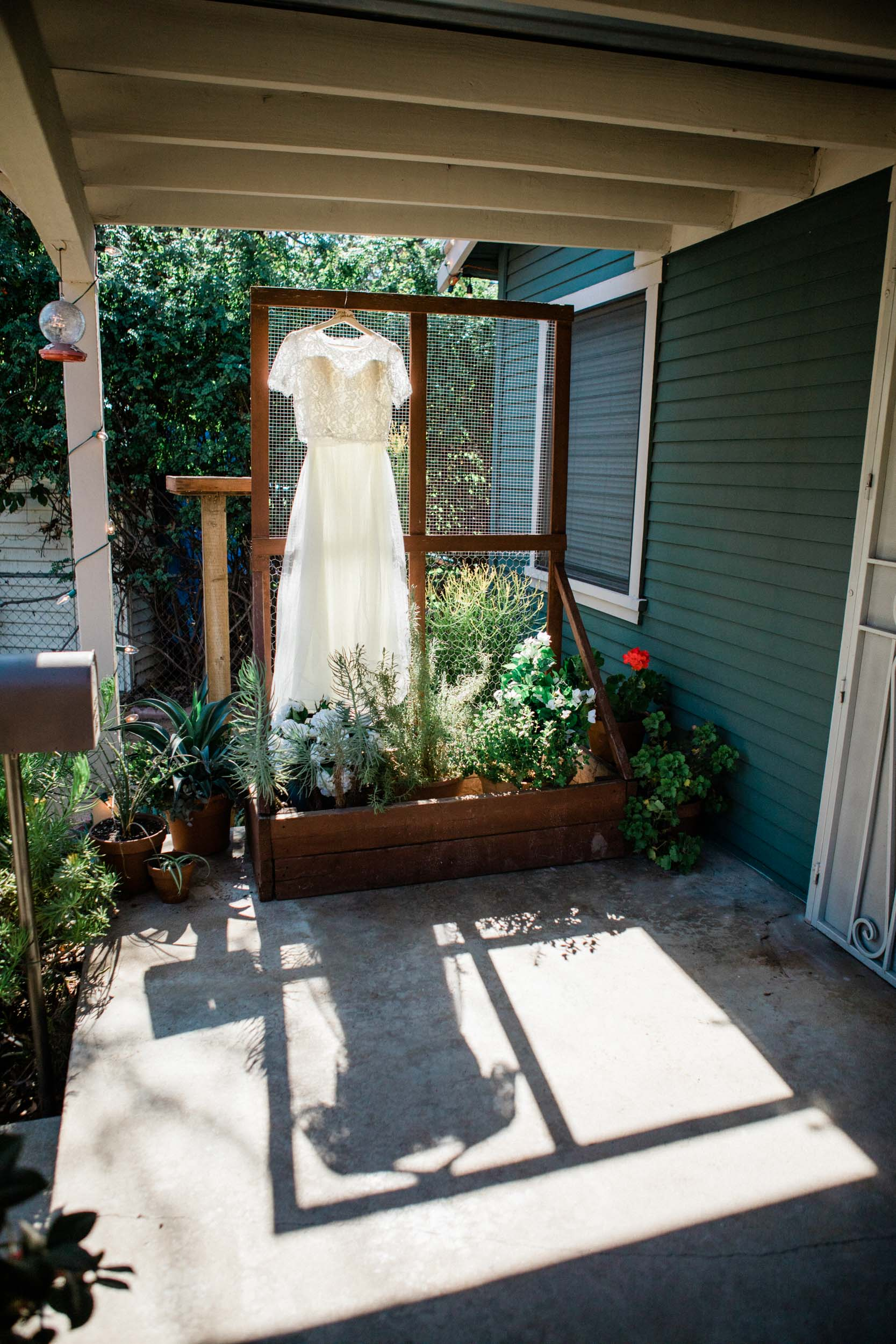 BKM-Photography-Highland-Park-Los-Angeles-Backyard-DIY-Wedding-0004.jpg