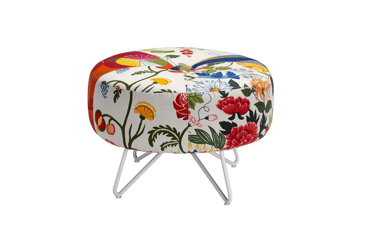 Button seat utilizes scrap textiles (Form Us With Love)
